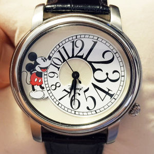 Mickey Mouse 2006 Shareholder's Watch Like New!